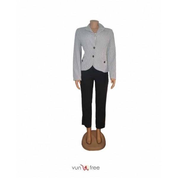 Size L, Blazer with a Three-Quarter Trouser Pants