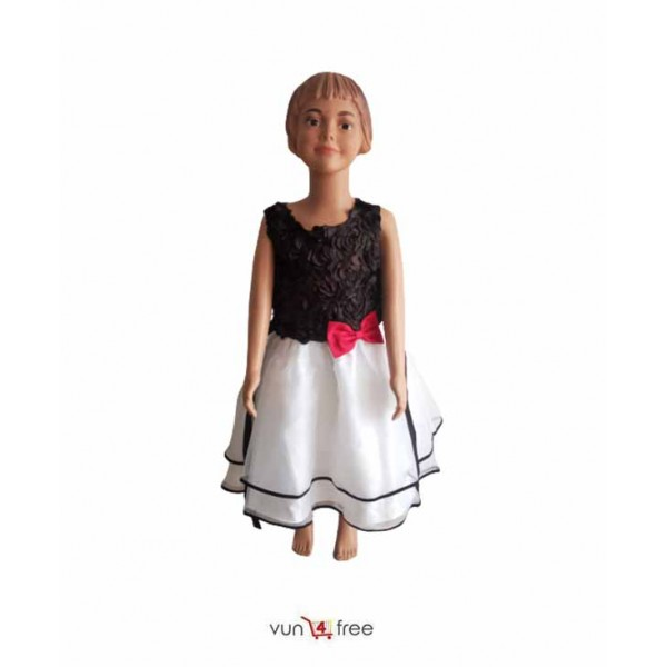 Size 6 - 7years, Sleeveless Ball Gown