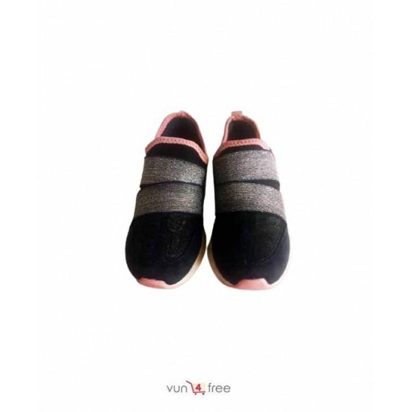 Size 27, Unisex Sneakers