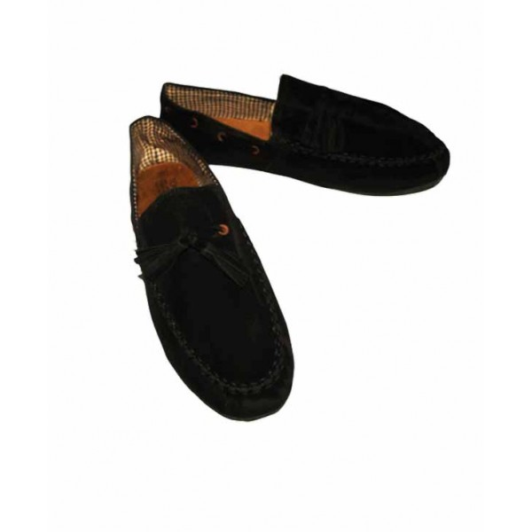 Size 46 Uni-sex Toms Loafer shoe
