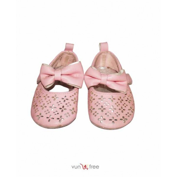 Size 4 - 12months, Female Kid Shoe
