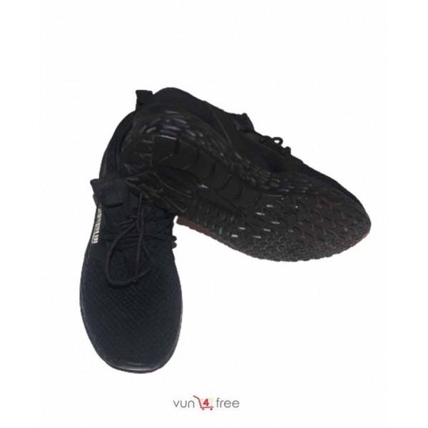 Size 40, Unisex Sneakers