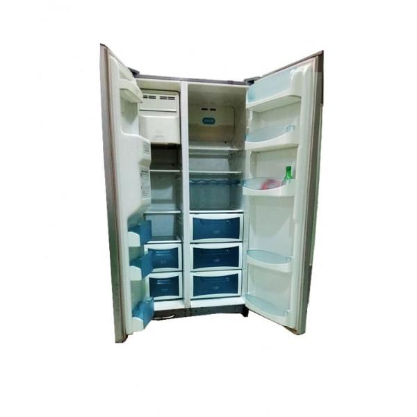 Double door Daewoo fridge & freezer